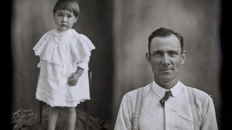 "Hugh Mangum photograph from ""Where We Find Ourselves: The Photographs of Hugh Mangum, 1897–1922"""