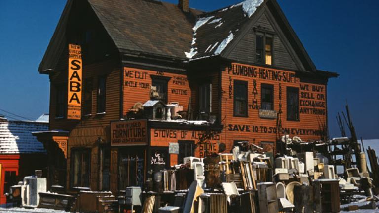 JACK DELANO. Brockton, Mass. Second-hand plumbing store. December 1940.