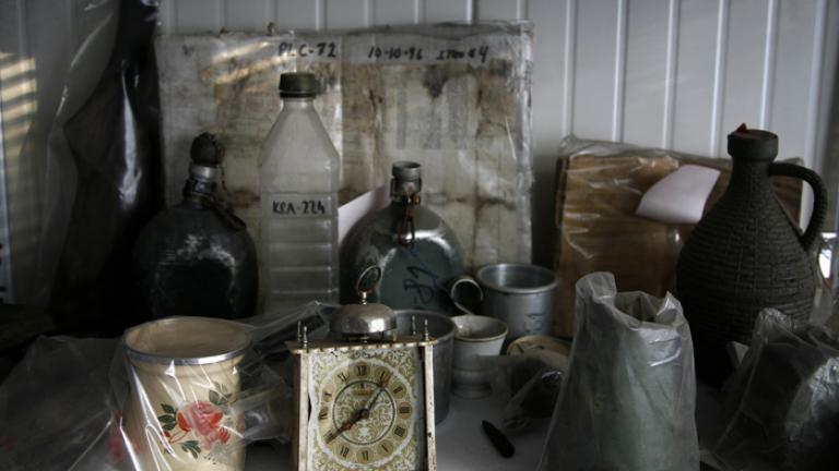 A collection of carefully cleaned and recorded objects, Podrina Identification Project, Tuzla, Bosnia, 2006  Objects preserved as evidence, as well as hundreds of bodies exhumed in the Srebrenica case, are housed in the Podrina morgue.