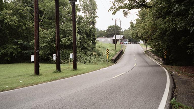 SiteofVirgilWare'smurder,Docena-SanduskyRoad,outsideBirmingham,Alabama,2007. Photograph by Jessica Ingram.