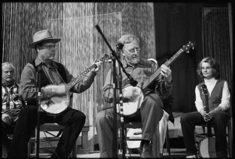 John Cohen (center) onstage at Owen Theatre, Mars Hill, North Carolina, 2004. Photograph by Tom Rankin.